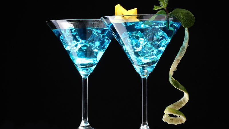 "Cocktail ""Blue Night"""